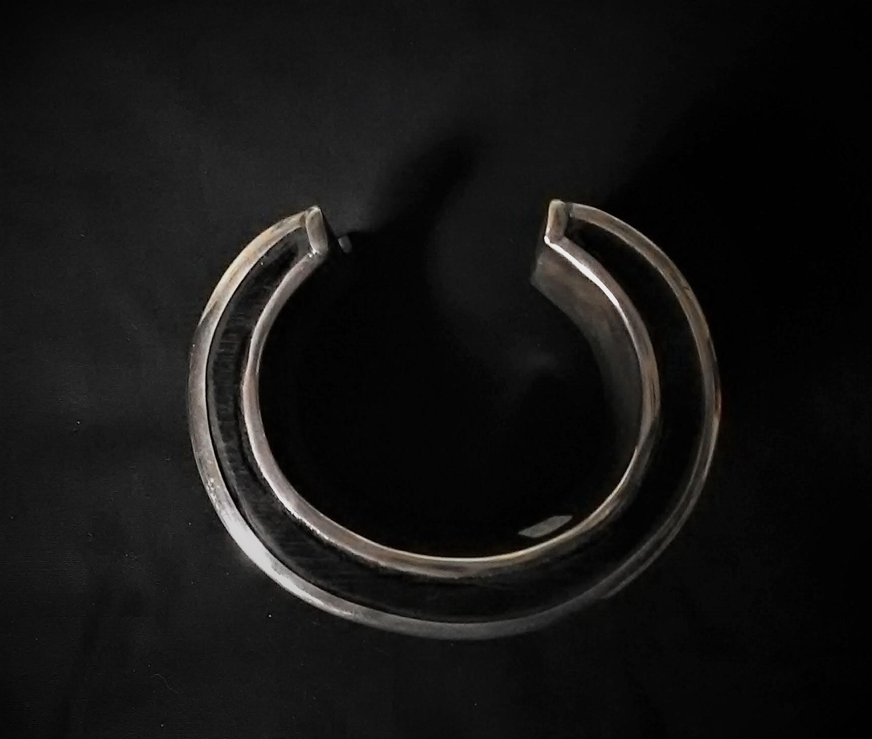 Bracelet Touareg de côté